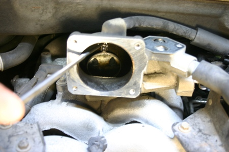 Heater Control Valve Location 2001 F 250 on ford explorer heater control valve