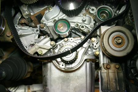 Mitsubishi 2.5, 3.0, 3.5, 3.8 Water Pump or Timing Belt Replacement