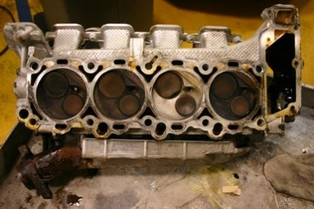 Dodge Cylinder Head 4.7 4.7_head_gasket_job_4