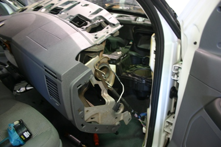 Details in addition Watch moreover 2003 Jeep Wrangler Front End Diagram additionally Faq Dbc furthermore Dodge Stratus 2 7 Thermostat Location. on 1999 dodge durango wiring diagram