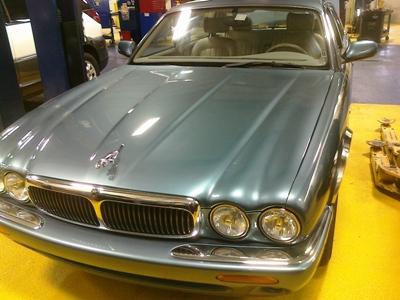 1999 4 0 Jaguar Xj8